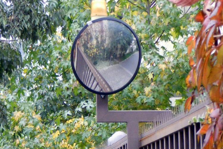 Inte-Road senyalització microesferes pintures bandes sonores semafors